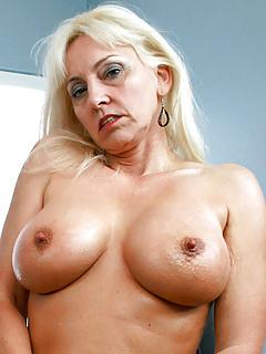 Blonde Porn Pics